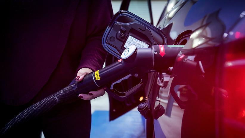 Brennstoffzellen-Lkw: Der Wasserstoffantrieb lässt noch auf sich warten