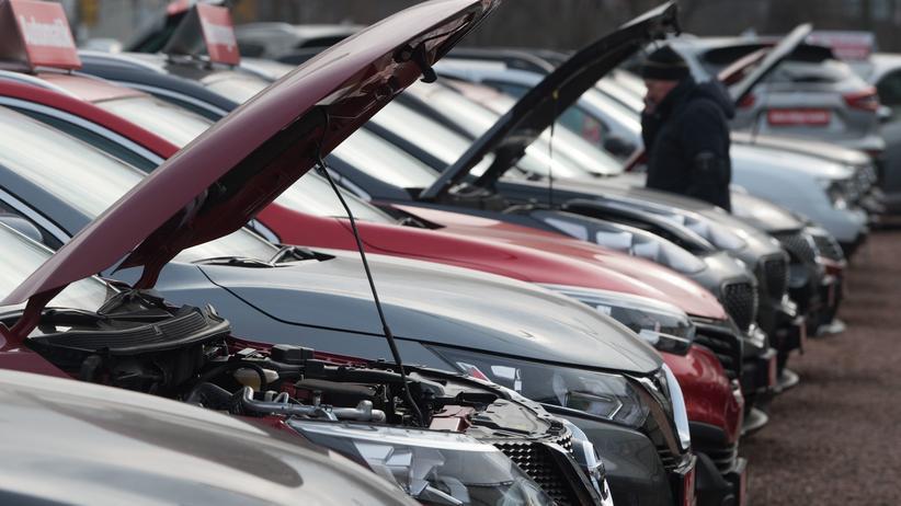 Gebrauchtwagen: Neu- und Gebrauchtwagen bei einem Autohändler