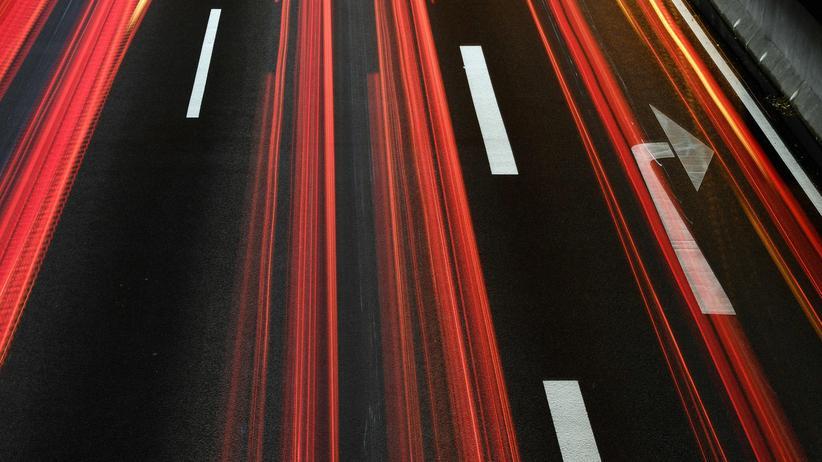 Tempolimit: Grüne erwägen Ausnahmeerlaubnis für Elektroautos