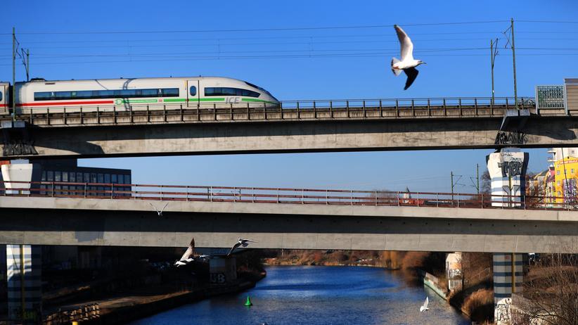 Deutsche Bahn: Größenwahnsinniger Wachstumskurs