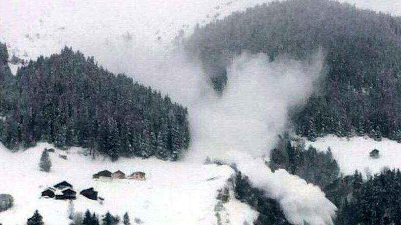 Viele Touristen eingeschlossen: Mit Tauwetter steigt die Lawinengefahr in den Alpen