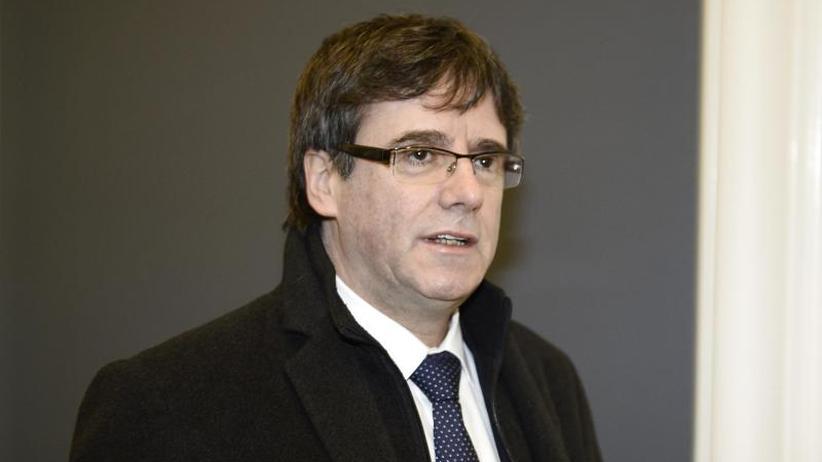 """""""Das Ende"""": Kataloniens Separatisten-Chef wirft Handtuch auf WhatsApp"""