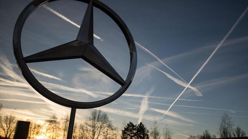 Umsatz und Ergebnis gesteigert: Daimler legt dank Absatz-Bestwerten weiter zu