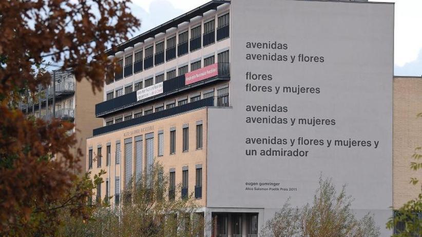 Rehau statt Berlin: Gomringer-Gedicht bald an fränkischer Fassade