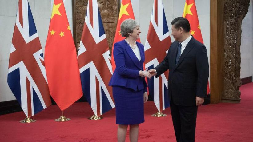 "Besuch in Peking: Theresa May beschwört ""goldene Ära"" mit China"