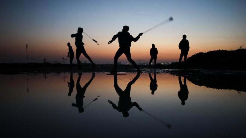 Gewalt in Nahost: Israel fliegt nach Raketenbeschuss Angriff im Gazastreifen