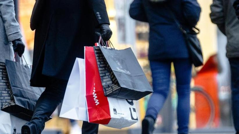 Konjunkturentwicklung: GfK-Prognose: Private Konsumausgaben steigen 2018 kräftig