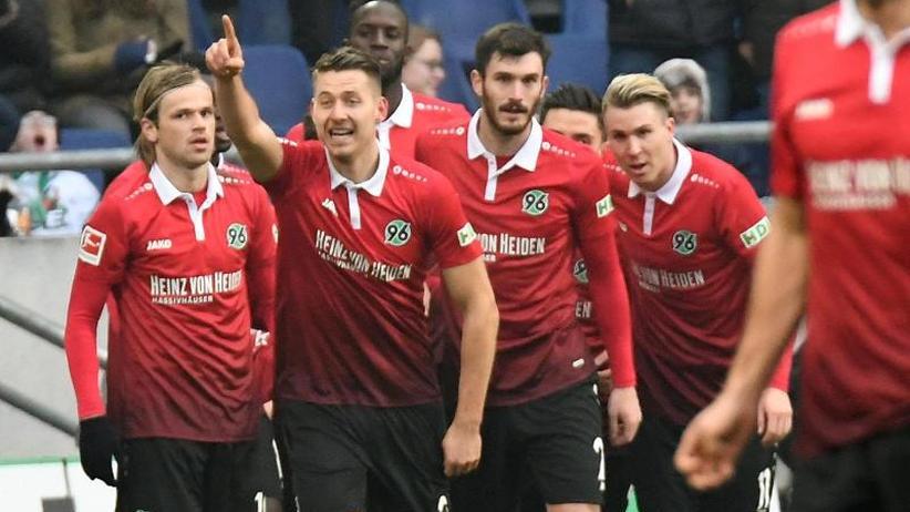 Bundesliga: Freiburgs Serie mit 1:2 in Hannover beendet