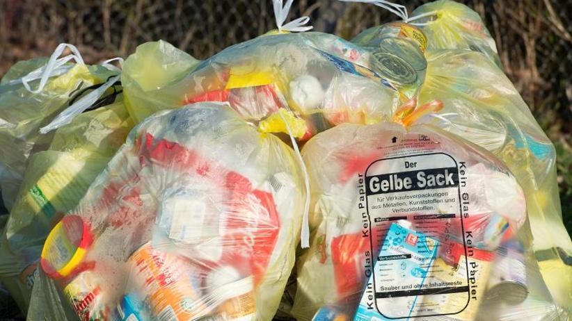 Papier und Plastik: Umfrage:Verbraucher haben genug vom Verpackungsmüll