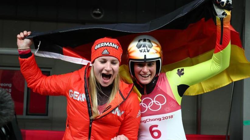 Gold und Silber: Doppelerfolg für Rodlerinnen Geisenberger und Eitberger