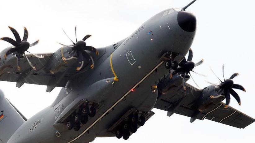 Konzernumsatz stabil: A400M-Probleme belasten Airbus-Gewinn