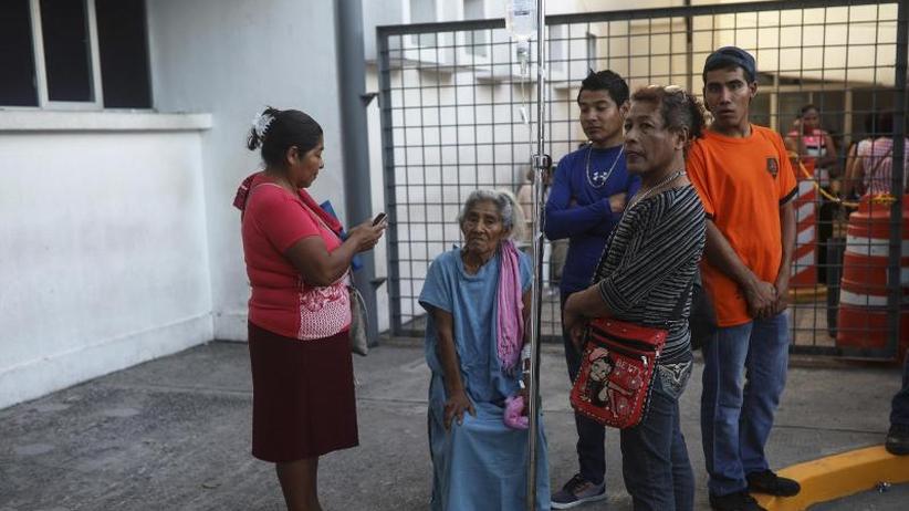 Stärke von 7,2: Bange Sekunden nach heftigem Erdbeben in Mexiko