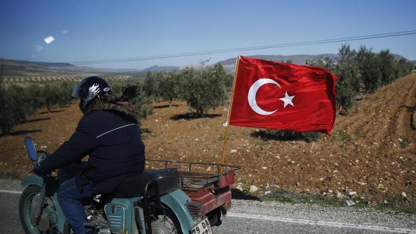 Türkische Offensive: Türkei warnt Syriens Regierung vor Unterstützung der Kurden