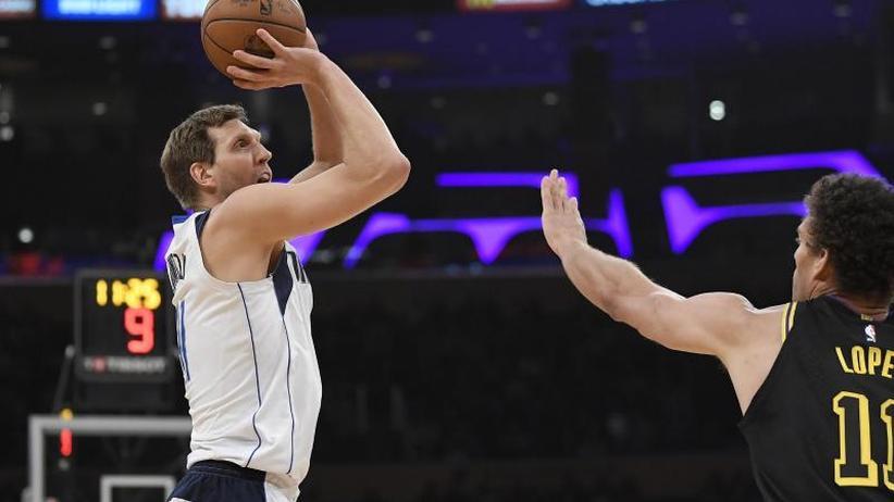 NBA: Nowitzki und Dallas verlieren erneut - Theis mit Bestleistung