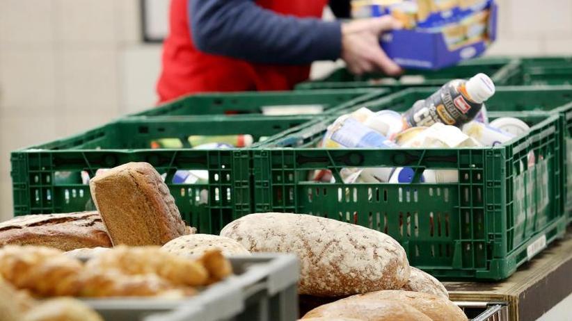 Aufnahmestopp für Ausländer: CSU-Innenexperte äußert Verständnis für Essener Tafel