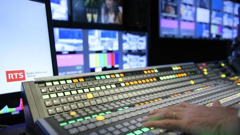 Debatte auch in Deutschland: Schweizer entscheiden über Rundfunkgebühren