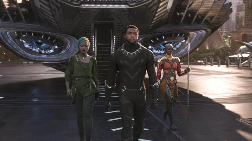 """Siegeszug: """"Black Panther"""" dominiert weiter die Kinocharts"""