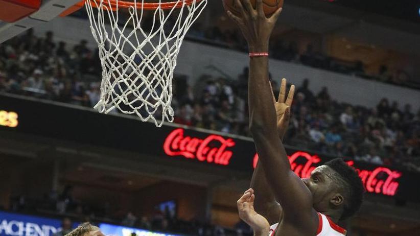 Basketball-Profiliga: NBA: Nowitzki und Dallas verlieren Derby gegen Houston