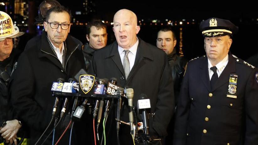 Über dem East River: Zwei Tote bei Hubschrauberabsturz in New York