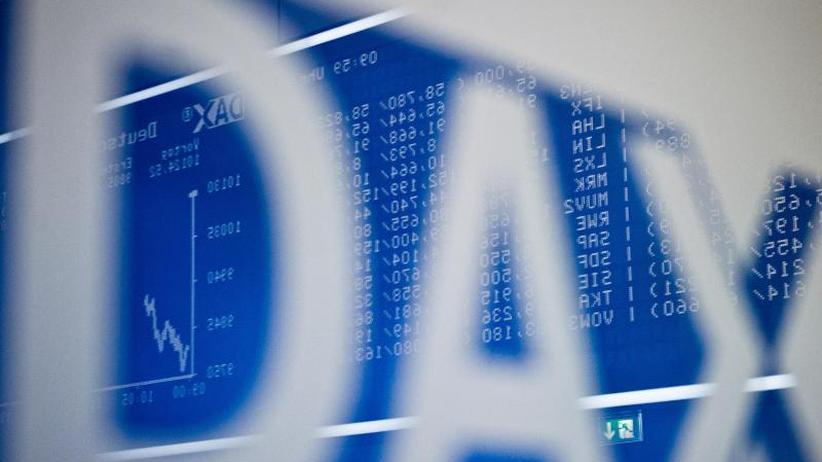 Börse in Frankfurt: Dax-Anleger halten sich nach Querelen in US-Regierung zurück