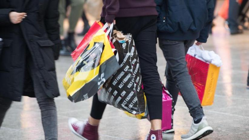 Privater Konsum klettert: Deutsche waren 2017 in bester Kauflaune