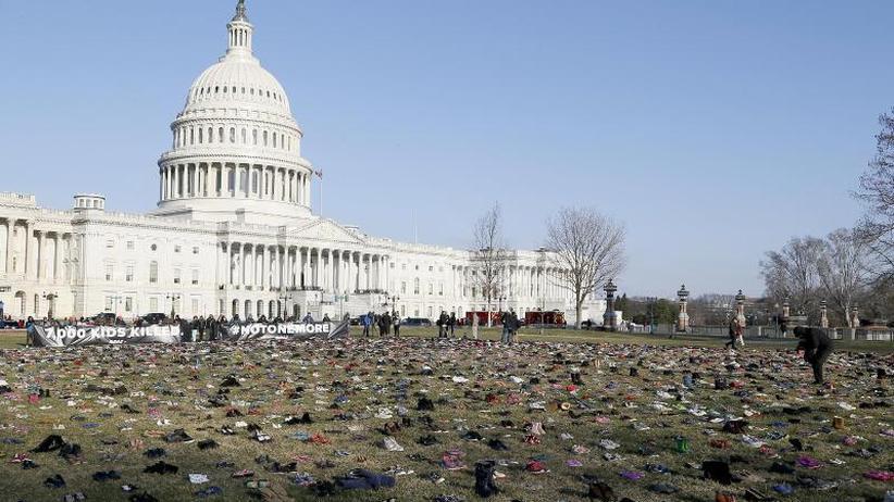 17 Minuten Stille: Emotionaler Protest gegen Waffengewalt in den USA