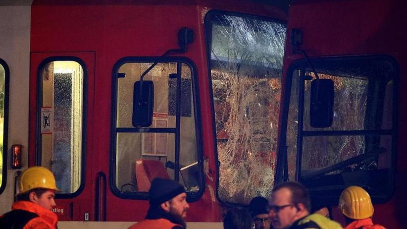 Kollision in Köln: Tram-Unfall mit 40 Verletzten: Fahrer hatte wohl getrunken