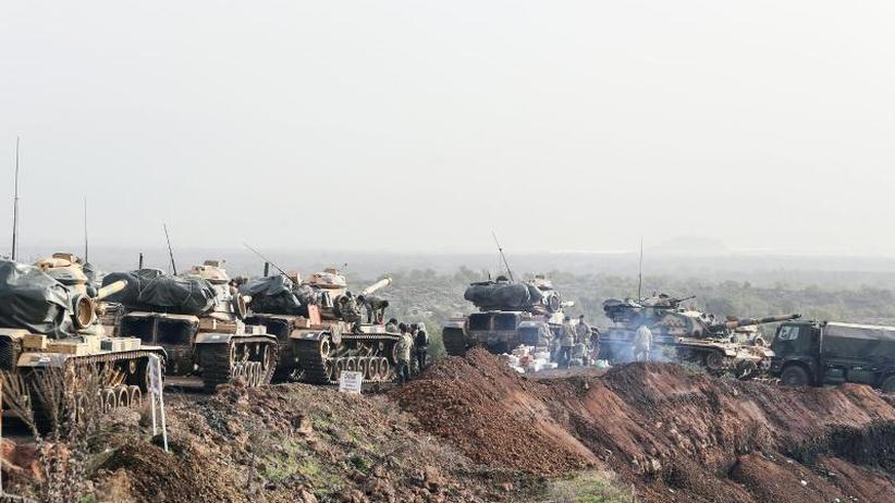 Türkei dementiert Angriff: Nordsyrien: Zehntausende fliehen aus Afrin