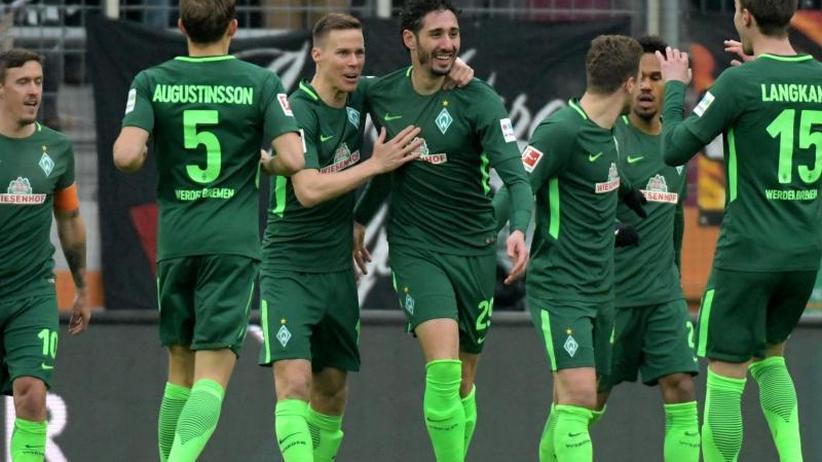 Doppelpack von Belfodil: Werder Bremen nach 3:1 in Augsburg kurz vor Rettung