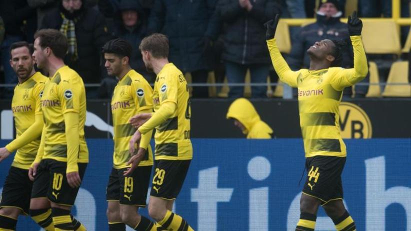 Sonntagsspiel: BVB baut Frust nach Europa-Aus ab: 1:0 über Hannover