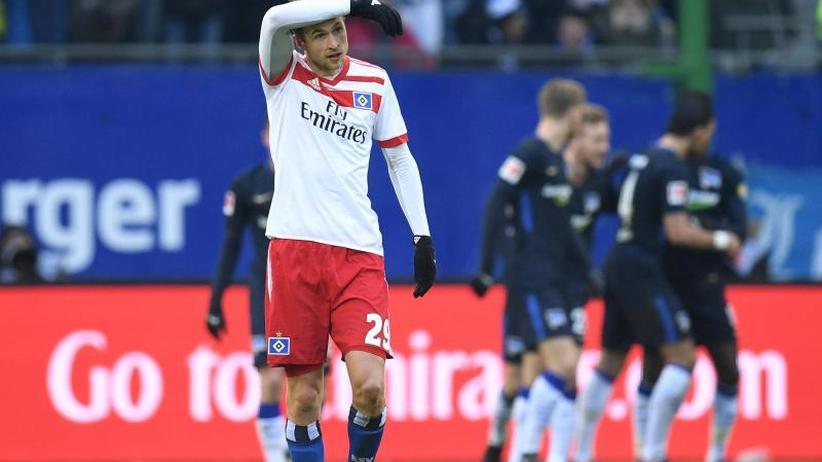 "Hamburg Tabellenletzer: ""Papa"" poltert, Ultras randalieren: HSV-Aufbruchstimmung weg"