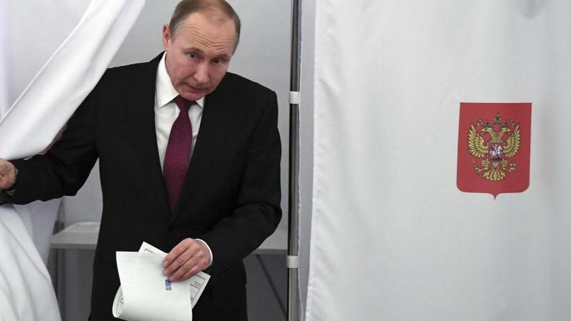 Gegenkandidaten chancenlos: Putin gibt sich bei Präsidentenwahl siegessicher