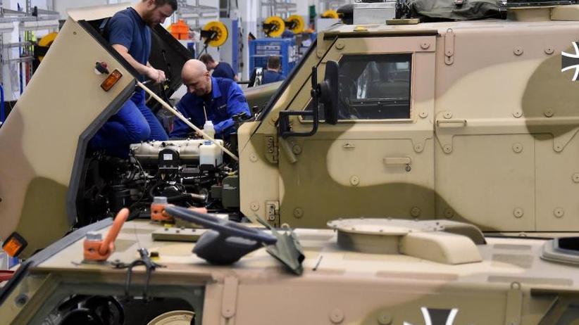 Wehrbeauftragter Bartels: Bundeswehr sollte mehr Reparaturen selbst übernehmen
