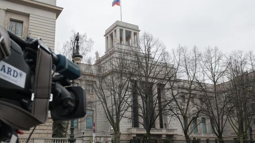 Solidarität mit London: Affäre Skripal: Westen weist russische Diplomaten aus