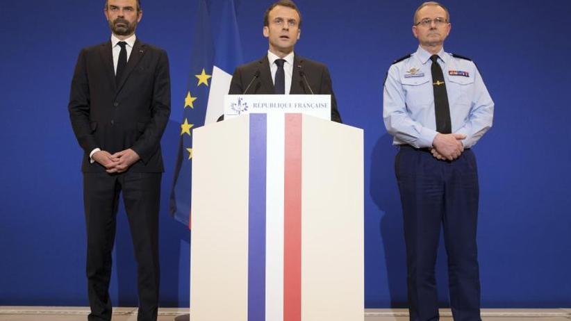 Terror in Südfrankreich: Macron spricht bei Trauerfeier für getöteten Gendarmen