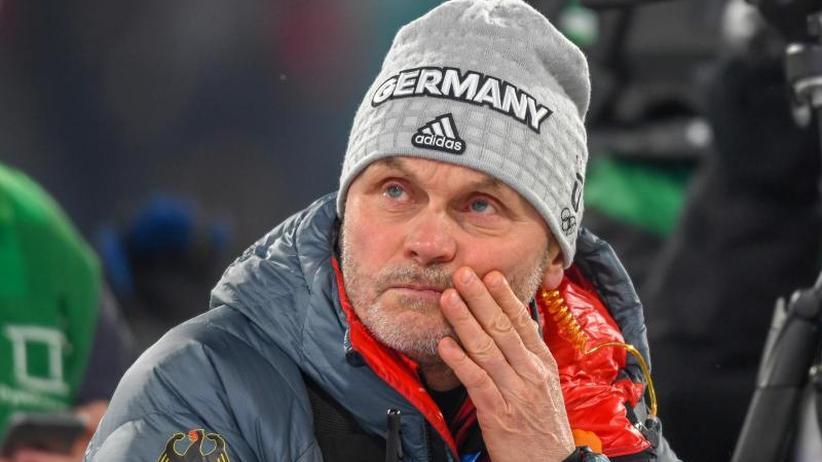 """Biathlon-Coach vor Aus: """"Freies Wort"""": Kein neuer Vertrag für Bundestrainer Hönig"""