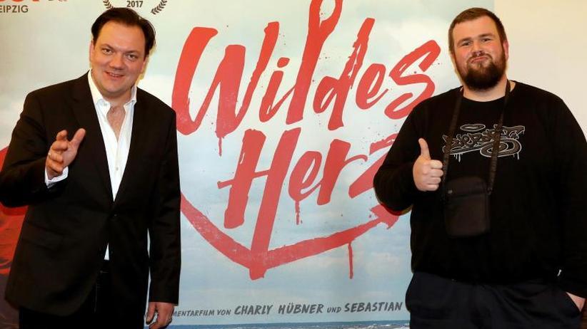 """Feine Sahne Fischfilet: Heimspiel für """"Monchi"""": Premiere von Film """"Wildes Herz"""""""