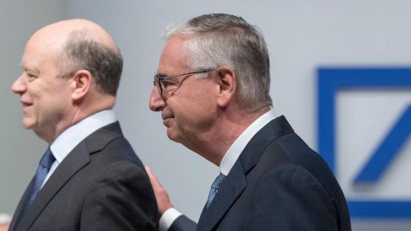 Chefstuhl wackelt: Aufsichtsrat der Deutschen Bank berät über Vorstandsvorsitz