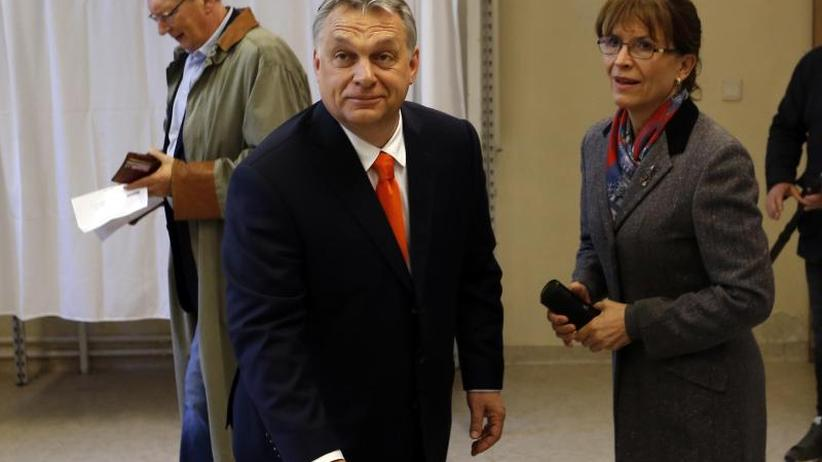 Wahllokale geschlossen: Hohe Beteiligung bei Parlamentswahl in Ungarn