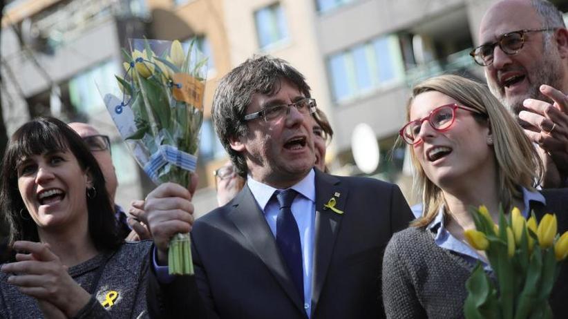 Vom Knast nach Berlin: Puigdemonts Triumph demütigt Madrid
