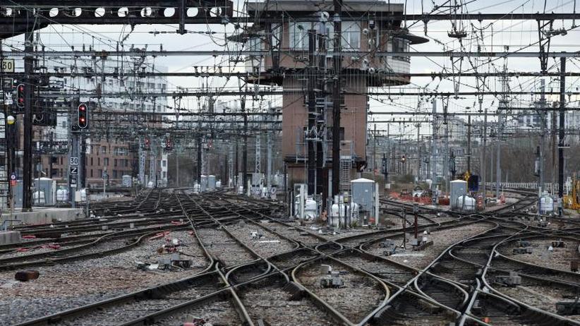 Protest gegen geplante Reform: Streikwelle bei Frankreichs Bahn lässt viele Züge ausfallen