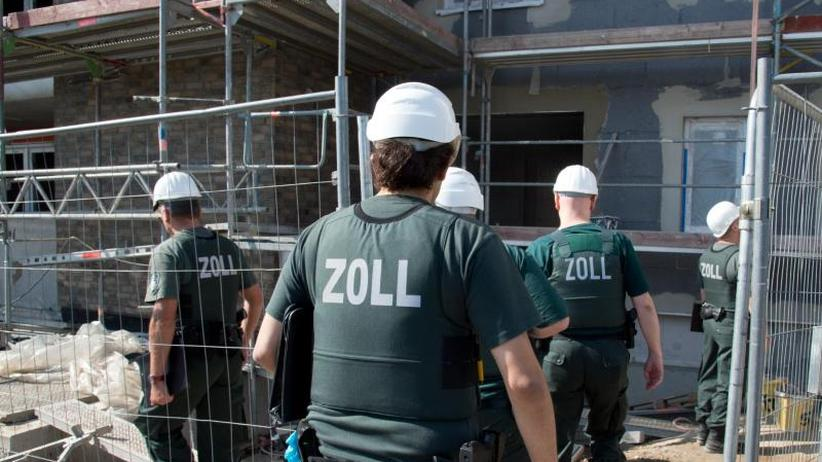 Scholz stellt Zollbilanz vor: Eine Milliarde Euro Schaden durch Schwarzarbeit