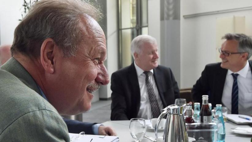 Einigung in Potsdam: Mehr Geld in Stufen für öffentlichen Dienst vorgesehen