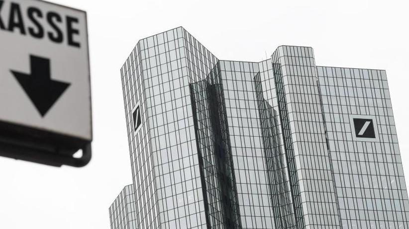 Kein Schaden entstanden: Deutsche Bank überweist 28 Milliarden Euro aus Versehen