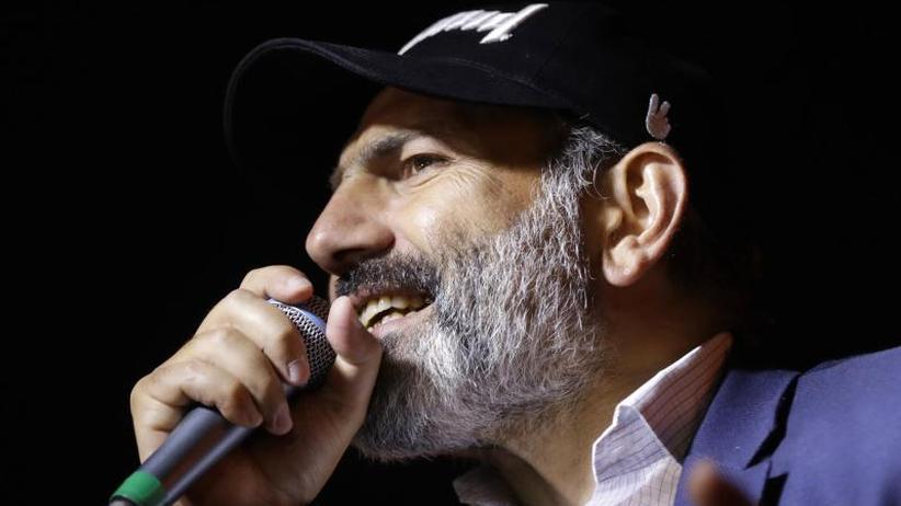 Abstimmung im Parlament: Armenischer Protestführer will Regierungschef werden