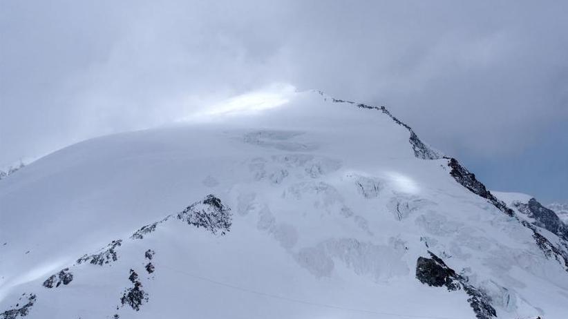 Skitour endet tragisch: Fünf Menschen sterben bei Sturmdrama in Alpen
