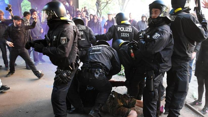 Demos zum 1. Mai: Linksextreme machen in Berlin und Hamburg mobil