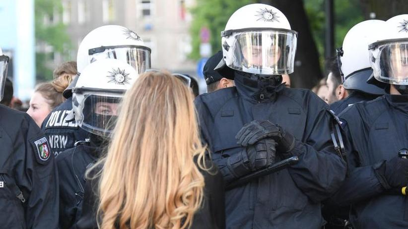 Kampftag der Arbeiterklasse: 1. Mai-Demos in Berlin und Hamburg weitgehend ohne Gewalt