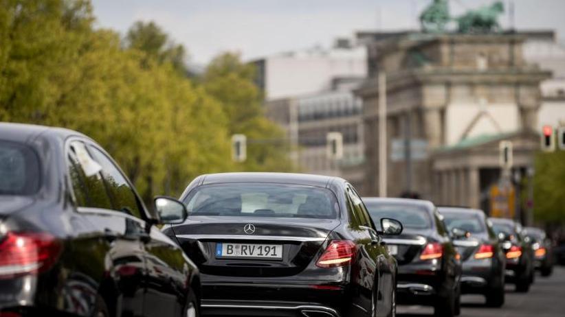 Anfrage der Grünen: Kaum umweltfreundliche Autos im Fuhrpark der Bundesregierung