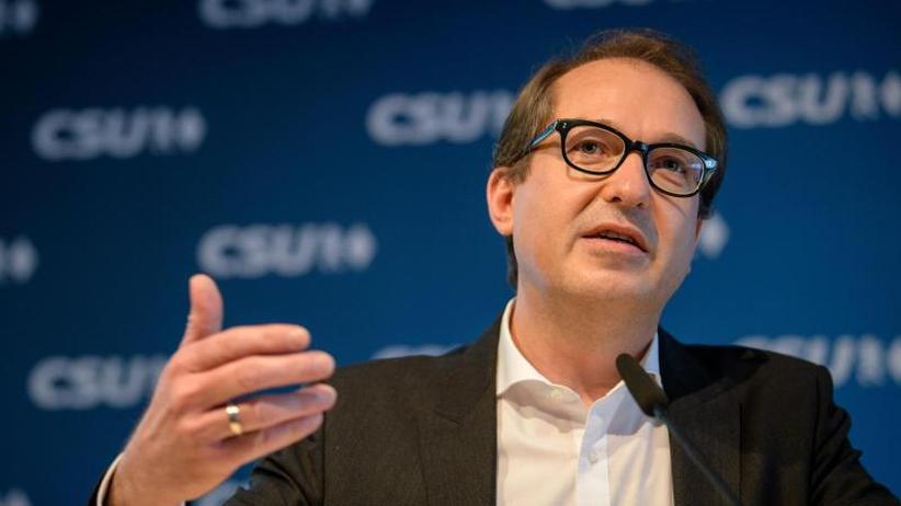 """Umstrittene Aussage: Empörung über Dobrindts Kritik an """"Anti-Abschiebe-Industrie"""""""
